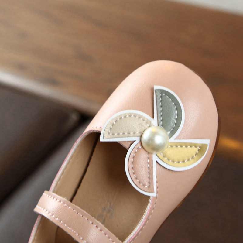 ฤดูใบไม้ผลิฤดูร้อนฤดูใบไม้ร่วงใหม่เด็กทารกเด็กหญิง PU Anti-Slip รองเท้าหวานน่ารักเพิร์ลออกแบบนุ่ม Soled First รองเท้า Walkers