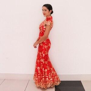 Image 5 - Rosso Cinese Abito Da Sposa Femminile Lunga A Manica Corta Cheongsam Oro Sottile Vestito Tradizionale Cinese Delle Donne Qipao per la Cerimonia Nuziale Del Partito