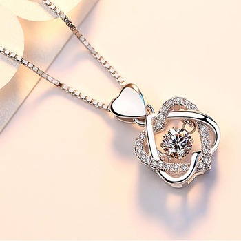 100% real Silver necklace with round zircon pendent  1