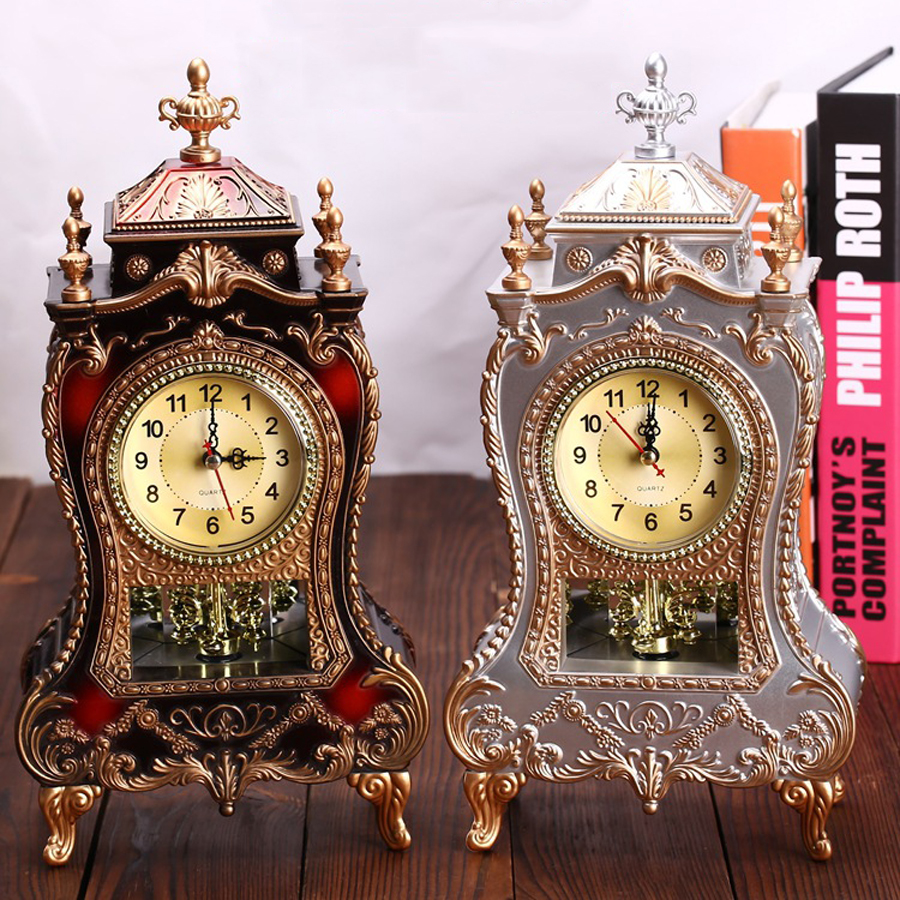 Vintage Alarm Clock with Hourly Chiming European Classical Royalty Table Clock 12 Music Time Antique 3D Decoration Desk Clocks