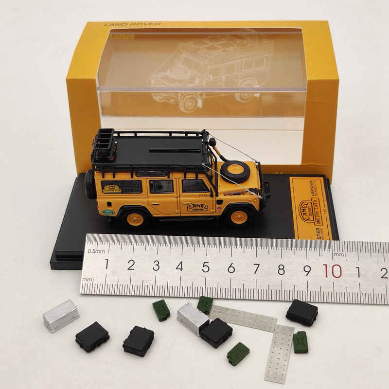 Master 1:64 Land Rover Defender 110 Diecast Models Car Luggage Rack Bullet hole