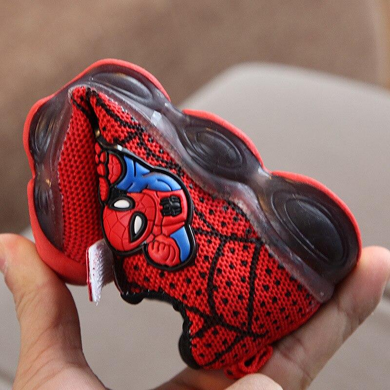 Купить с кэшбэком Kids Sport LED Shoes with light Children Non-slip Toddler slippers Dance Light up Sneakers for boys