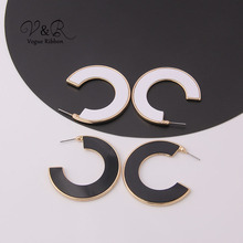 Imitation Gold Plated C-hoop White Black Acrylic Earring 2019 Minimalist Hot Fashion Jewelry Accessories For Women Post Earring цены онлайн