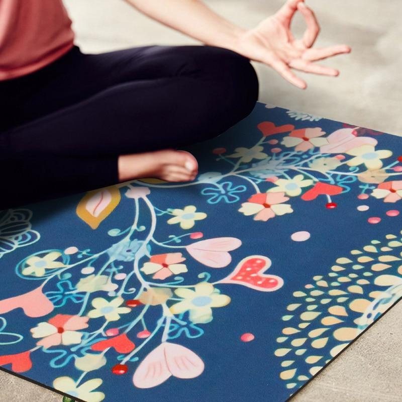 Portable Yoga Mat Printing Ultra-thin Folding Non-slip Cloth Sweat-absorbent Towel Travel Pilates Pad 1