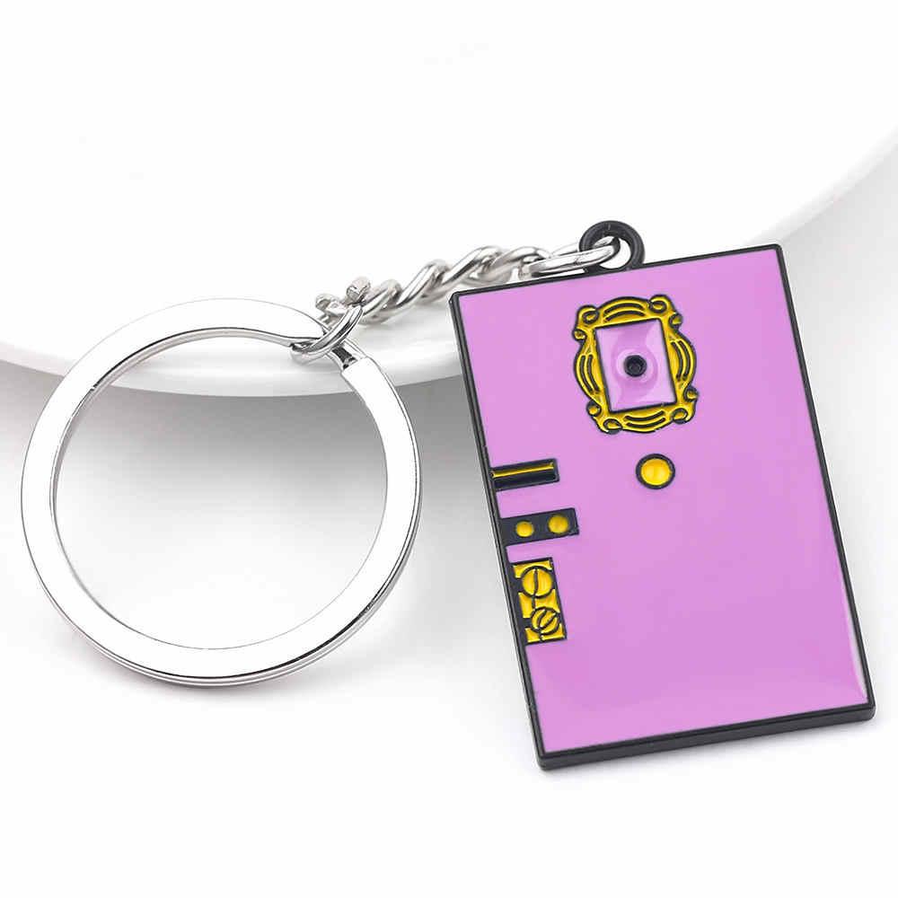 ขายร้อนทีวีแสดงเพื่อน Gold กรอบรูปโลโก้พวงกุญแจจี้รถเคลือบคุณภาพสูงสำหรับเพื่อนที่ดีที่สุดแหวนอุปกรณ์เสริม