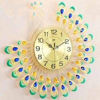 European style light luxury creative peacock fashion clock, living room bedroom mute art home decoration luminous quartz clock