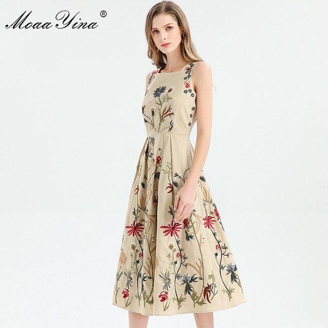 MoaaYina moda tasarımcısı elbise ilkbahar yaz kadın elbise kolsuz çiçekler nakış zarif Midi elbiseler