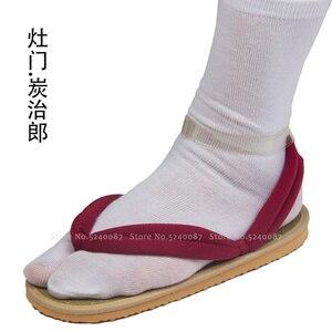 Image 2 - Anime Cosplay Kamado Nezuko Geta takunya iblis avcısı Kimetsu hiçbir Yaiba sandalet ayakkabı Kamado Tanjirou Agatsuma Zenitsu Flip flop