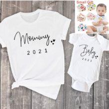 Engraçado bebê mamãe 2021 família correspondência roupas simples gravidez anúncio família olhar t camisa do bebê mãe roupas combinando