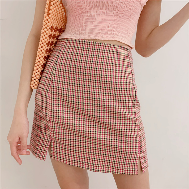 Women Two Small Front Slits Plaid Mini Skirt In Pink