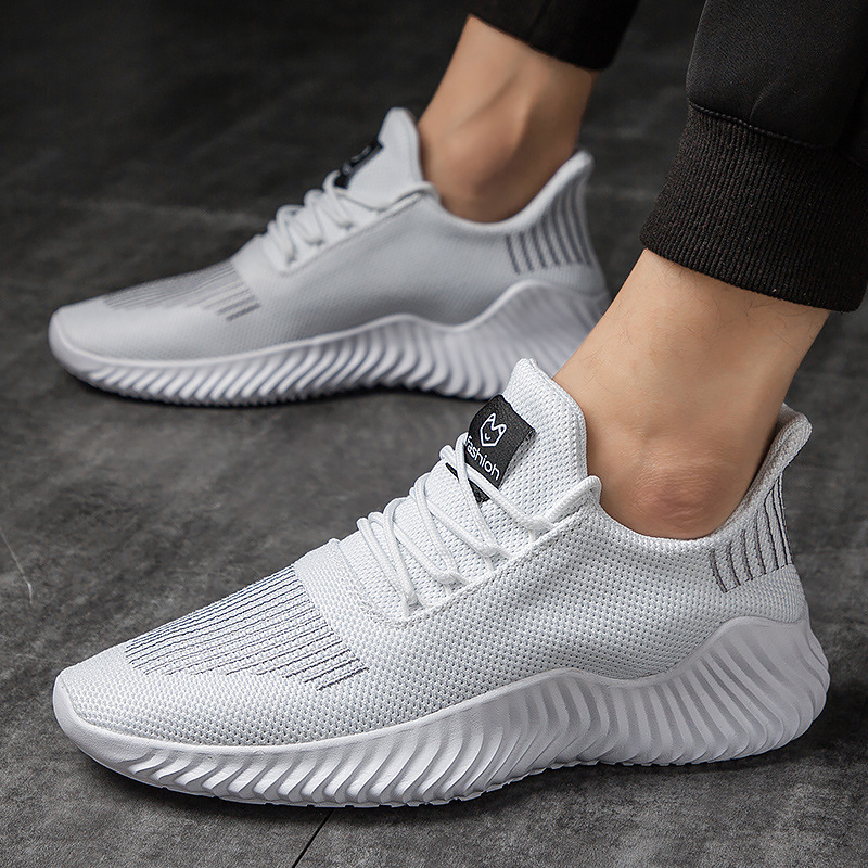 White Sneakers Men Knitted Sports Shoes Adult Teenager Tennis Chunky Casual Sneakers Male Summer Cool Shoes Running