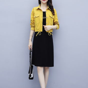 Dwuczęściowe damskie jesień nowy koreański modna kurtka zestaw zagranicznych gazu sukienka garnitury damskie kobiet sukienka garnitury garsonka tanie i dobre opinie COTTON Kieszenie Pojedyncze piersi Pani urząd Krótki Połowy łydki Pełna