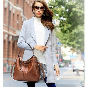 Image 5 - Bolsas de luxo bolsas femininas designer sacos de couro macio para as mulheres 2020 hobos europa crossbody saco senhoras do vintage famosa marca sac
