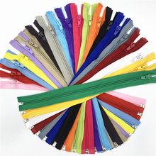 5 pces #5 open-end (30- 70 cm) zíperes de bobina de náilon para costurar zíperes de náilon em massa 20 cores