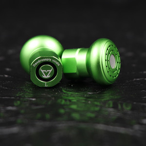 TONEKING Dendroaspis Viridis Three Diaphragm Dynamic Physical Frequency Division Earphone Metal HIFI Earbud MMCX Cable Headset