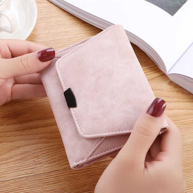 新しいシンプルな財布女性ショート段落折りたたみミニ財布ファッションヴィンテージ掛け金コイン財布クレジットカードホルダーcarteira