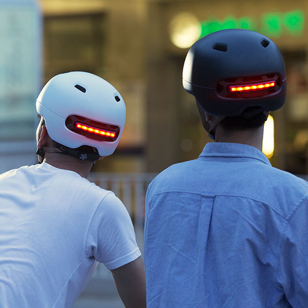 Smart4u lumière LED casque de vélo casque de vélo pour hommes femmes montagne vtt route casque de vélo Scooter Skateboard avertissement