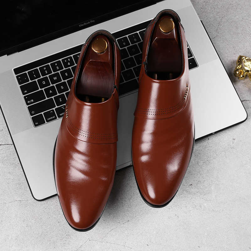 Merkmak 2020 Nieuwe Business Mannen Oxfords Schoenen Set Van Voeten Zwart Bruin Mannelijke Kantoor Bruiloft Wees Mannen Lederen Schoenen