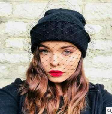 ฤดูหนาวใหม่แฟชั่นหมวก Chapeau Femme ผ้าคลุมหน้าสตรีถักหมวกหมวกถักอบอุ่น Muts Street Street Retro Veil หมวกเซ็กซี่ตาข่ายหมวก Sombrero