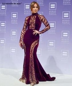 Image 2 - Vestidos de celebridad de alta calidad de cuello alto de encaje de terciopelo de cristal de manga larga Borgoña sexy sirena JenniferLopez vestido de alfombra roja