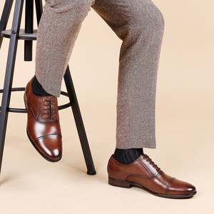 Image 2 - דסאי מותג מלא גרגרים עור עסקי גברים שמלת נעלי רטרו פטנט עור אוקספורד נעלי גברים גודל האיחוד האירופי 38 47