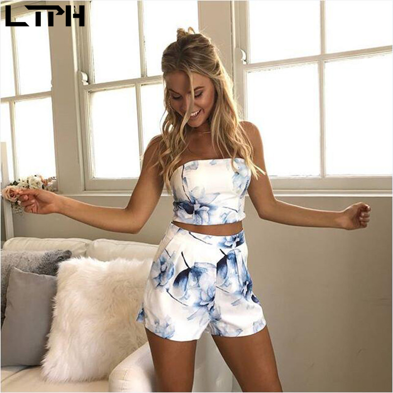 New Hot Sale 2020 Spring Summer Women Two Piece Outfits Casual Vacation Style Floral Print Sexy Dew Navel Tube Top Shorts Outfit