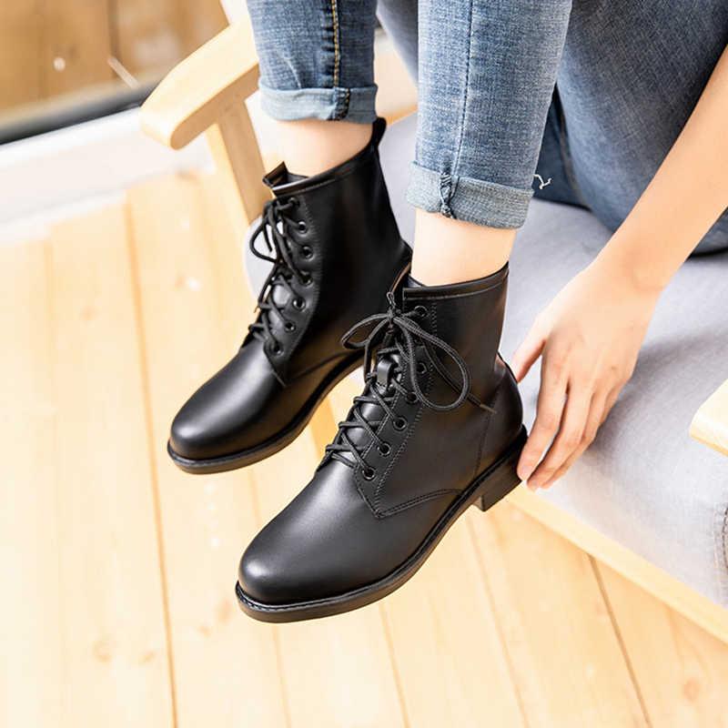 Beyaz Siyah kısa dantel-up patik kadın İngiliz katı kalın topuklu ayak bileği botines konfor peluş martin savaş botları kış sıcak
