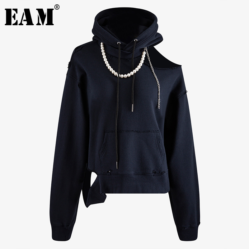 [EAM] Loose Fit Pearl Split Joint Hollow Out Sweatshirt New Round Neck Long Sleeve Women Big Size Fashion Tide Spring 2020 1N907