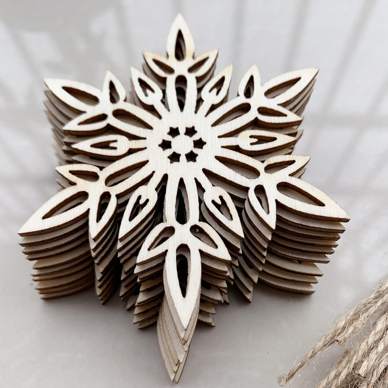 10pcs Snowflake Wooden Round Baubles Tags Christmas Trees Decorations Ornaments Christmas DIY Craft Toys Gifs For Children
