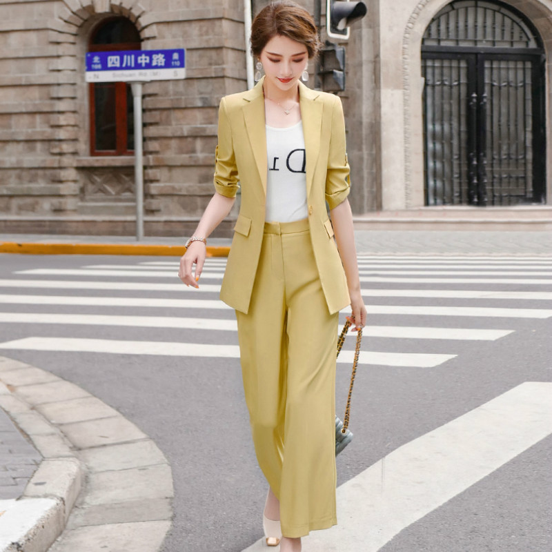2020 New Summer Women's Casual Suit Two-piece Suit High Quality Elegant Half Sleeve Ladies Blazer Fashion Trousers