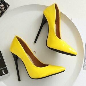 Image 2 - חדש 2020 אופנה דק עקבים גבוהים משאבות נעלי אישה ירוק אדום צהוב נשים של עקבים נעלי מפלגה נעלי חתונת משרד גדול גודל 45