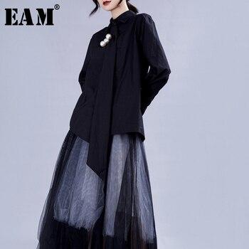 [EAM] Women White Pearl Asymmetrical Big Size Blouse New Lapel Long Sleeve Loose Fit Shirt Fashion Tide Spring Autumn 2020 JZ348