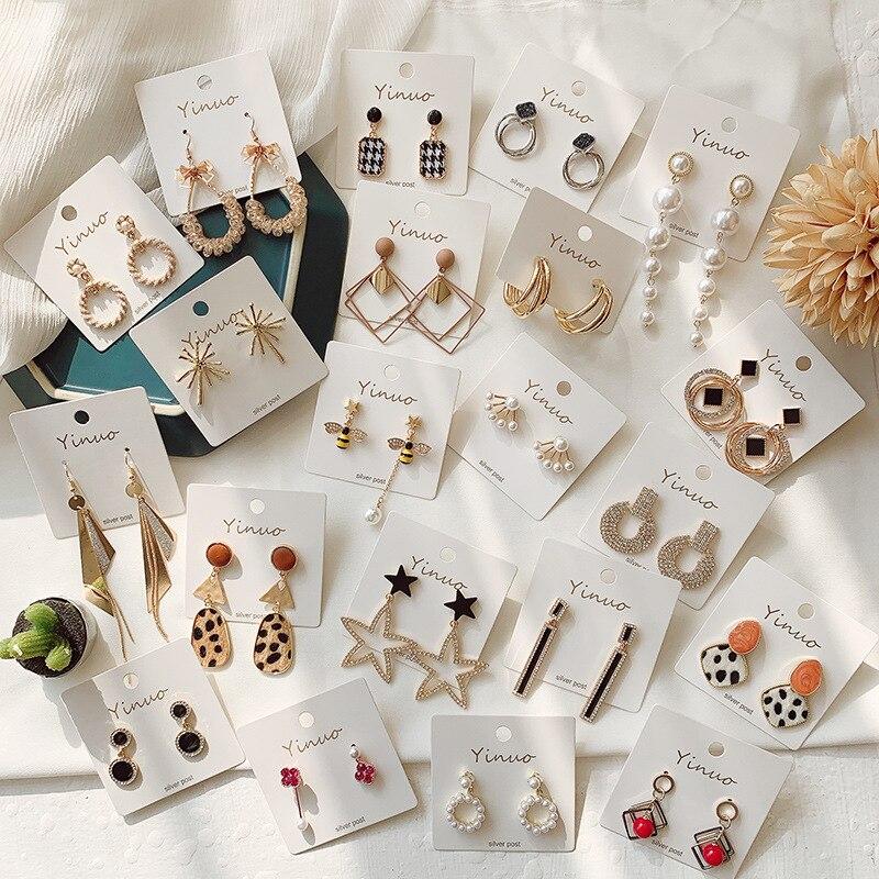 Pendientes de tuerca redondos bonitos de Color mezclado con brillos PE2 para mujer, joyería de moda para regalo de cumpleaños al por mayor