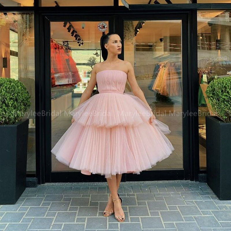 Blush Pink Prom Dress Tiered Skirt Tea Length Vestidos De Graduacion Strapless Ball Gown Pleats Tulle Girls Formal Party Dresses