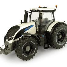 Универсальные хобби 1/32 Valtra S394 Finland Edition UH5319 трактор литая модель