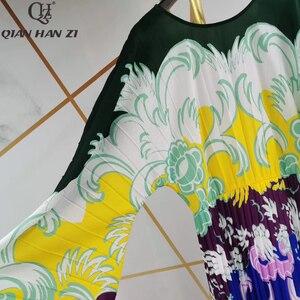 Image 5 - Qian Han Zi vestido largo plisado de manga larga para mujer, Vestido largo de marca de diseñador de otoño a la moda de pasarela, estampado Vintage para playa, 2019