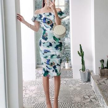 Cross border women's 2020 summer new style celebrity one line Ruffle slim print buttock dress
