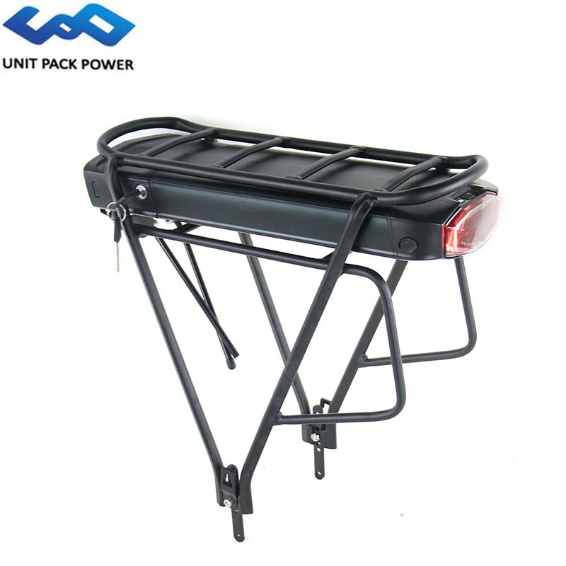Rear Light LED for Bicycle Attack Parcel Rack//Batteries Included