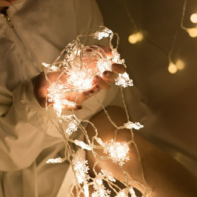 LED Snowflake String Lights Snow Fairy Light Garland Decoration for Christmas tree New Year Room Valentine's day Battery Operate