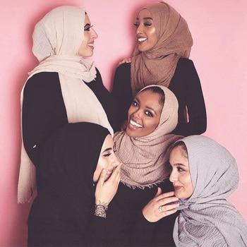 90*180cm Muslim women crinkle hijab Scarf Ladies Shawls and Wraps Female Foulard Hijab Stoles islamic headscarf tassels scarves 2019 women spring autumn scarf fashion balinese cotton linen scarves shawls and wraps lady foulard flower hijab stoles wholesale