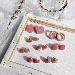 Женские бархатные серьги с сердечками, милые розовые серьги на пуговицах, без пирсинга