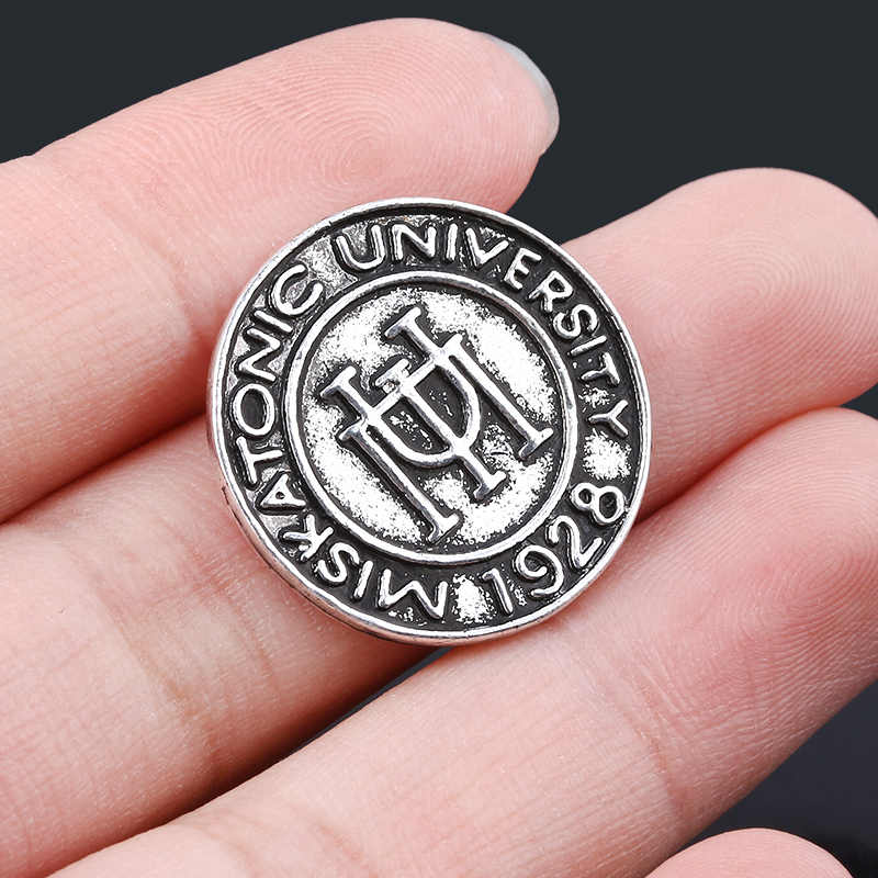 Fashion Vintage Cthulhu Lencana Bros Retro H.P. Lovecraft Universitas Miskatonic Pin Bros untuk Pria Wanita Cosplay Perhiasan