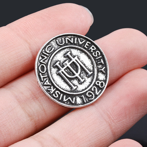 Fashion Vintage Cthulhu Badge Brooch Retro H.P. Lovecraft Miskatonic University Pins Brooches for Men Women Cosplay Jewelry(China)