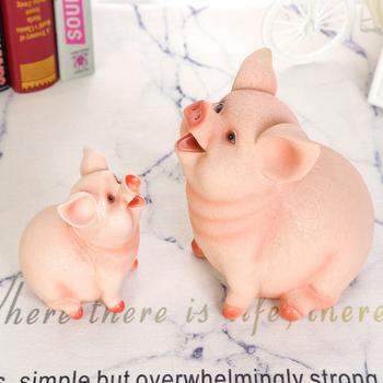 Cartoon żywica świnia skarbonka skarbonka skarbonka oszczędzanie w kształcie świni pojemnik na monety dekoracja wnętrz śliczne skarbonka seria tanie i dobre opinie Żywica Świnia Pig Piggy Bank