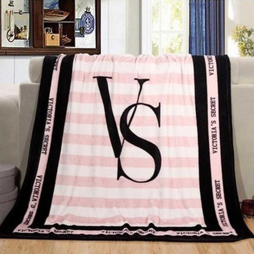 130*150cm Spring Autumn 4 color Portable Blanket Fleece Bedding Throws On Sofa Bed Car Plaids Bedspread