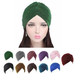 Image 1 - Helisopus 골드 반짝 이는 Turban 여성 레드 그린 스트레치 부드러운 밝은 모자 인도 이슬람 얇은 Hijab 머리 랩 헤어 액세서리