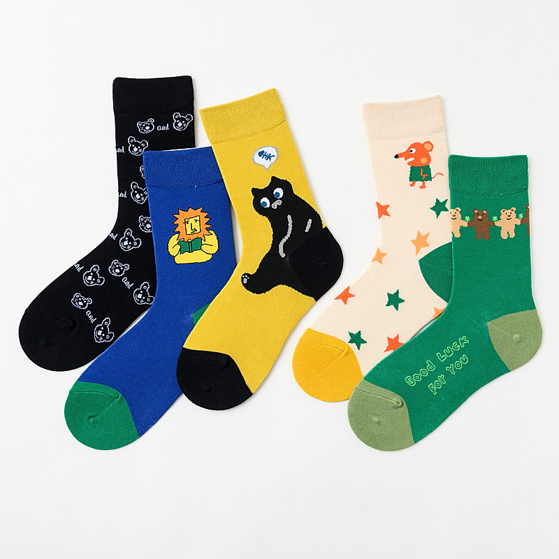 Unisex Socks 2020 Spring New Fashion Cartoon Printing Cotton Personality Woman Socks Casual Breathable Cute Motion Man Socks