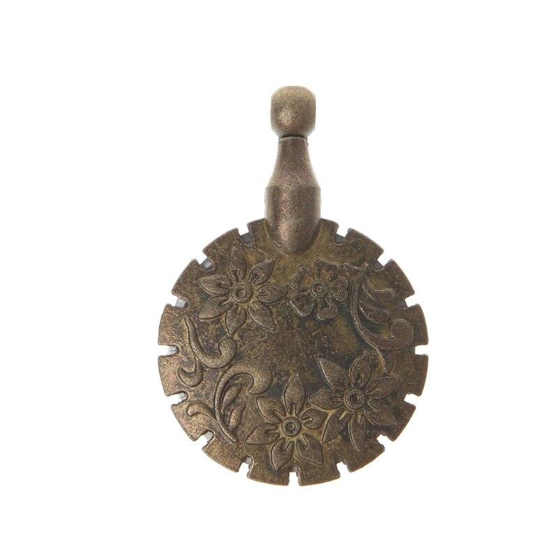 Купить с кэшбэком Sewing Thread Yarn Cutter Pendant Round Shape Antique Bronze Craft DIY Tool Home
