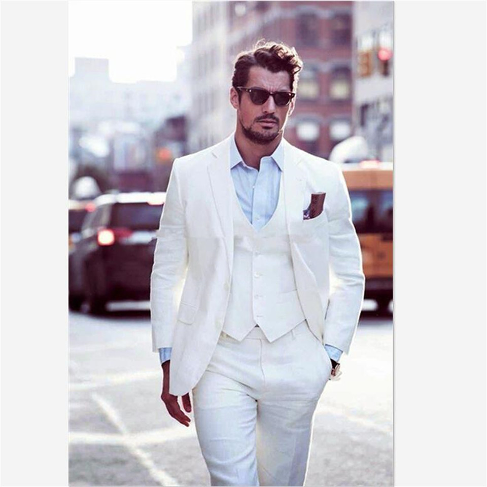 New Classic Men's Suit Smolking Noivo Terno Slim Fit Easculino Evening Suits For Men Ivory Groom Suit Tuxedos 2 Button Peak Lape