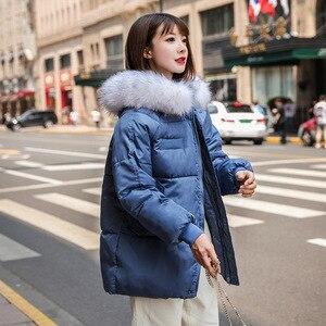 Image 3 - אופנה גדול פרווה צווארון סתיו מעיל נשים מעילים חדש חם נשי למטה מעיילי כותנה מרופדת מעיל נשים סלעית מעיל